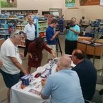 We are at Walgreens in Panama City with Midland Radio. Programming weather radios #WRN #news13 @WMBBTyler @wmbbnews https://t.co/jDo7PD4xlj
