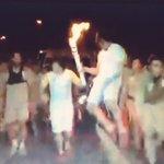 youtuber é visto sarrando no ar em meio ao revezamento da tocha olímpica O MUNDO FICA CHOCADO ???????? https://t.co/v3LpUuKjDa