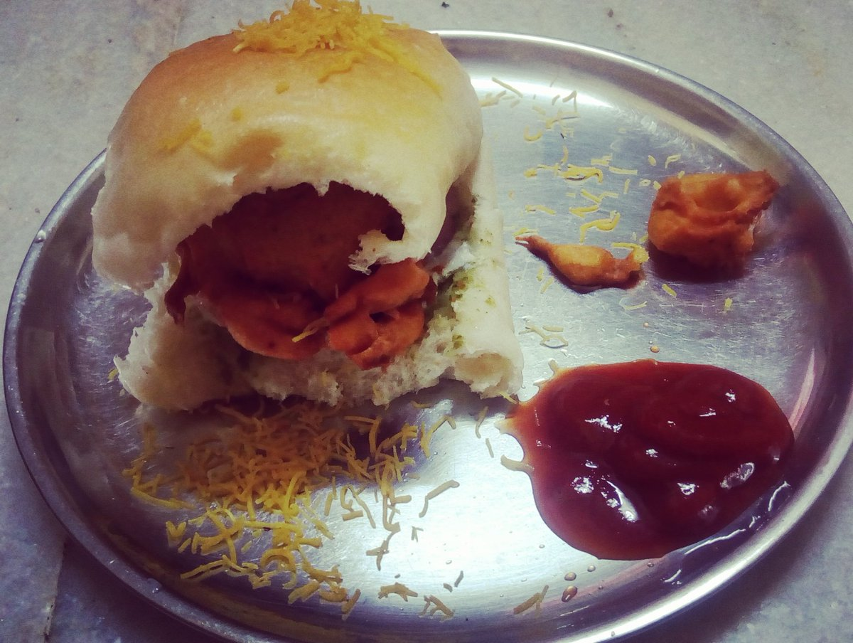 Vada Pav #Temptation today..Tried my hand at #Mumbai's Fav snack with a mix of chutney ...
