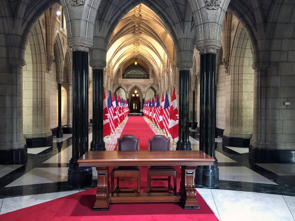 Post-#NALS2016, @POTUS heads to Parliament for 1st Presidential address in 20+ yrs. Set-up sneak peek! #ObamaCAN https://t.co/fn1e3ld3WX