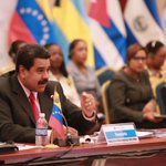 Hace 11 años el CmdteChávez impulsa la creación de Petrocaribe, alianza estratégica para Latinoamérica y El Caribe. https://t.co/3ArRKj6TwL