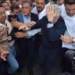 @SantiagoCreelM fue también golpeado por el grupo de vándalos enviados por @Javier_Duarte https://t.co/o88sgLkpJ2