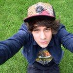 @JosDice 😏 #SelfieChallenge #SelfieDay https://t.co/TBGxlVAUxO