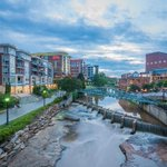 River Place at twilight.✨  Is there anything better? #yeahTHATgreenville // 📷: Brandon Sewell Photography https://t.co/qXTgvr5jB6