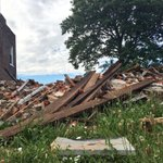Did you know the city of #STL owns 10,000+ abandoned homes & lots? This one collapsed, damaging neighbors house. https://t.co/beHUeDmXi3