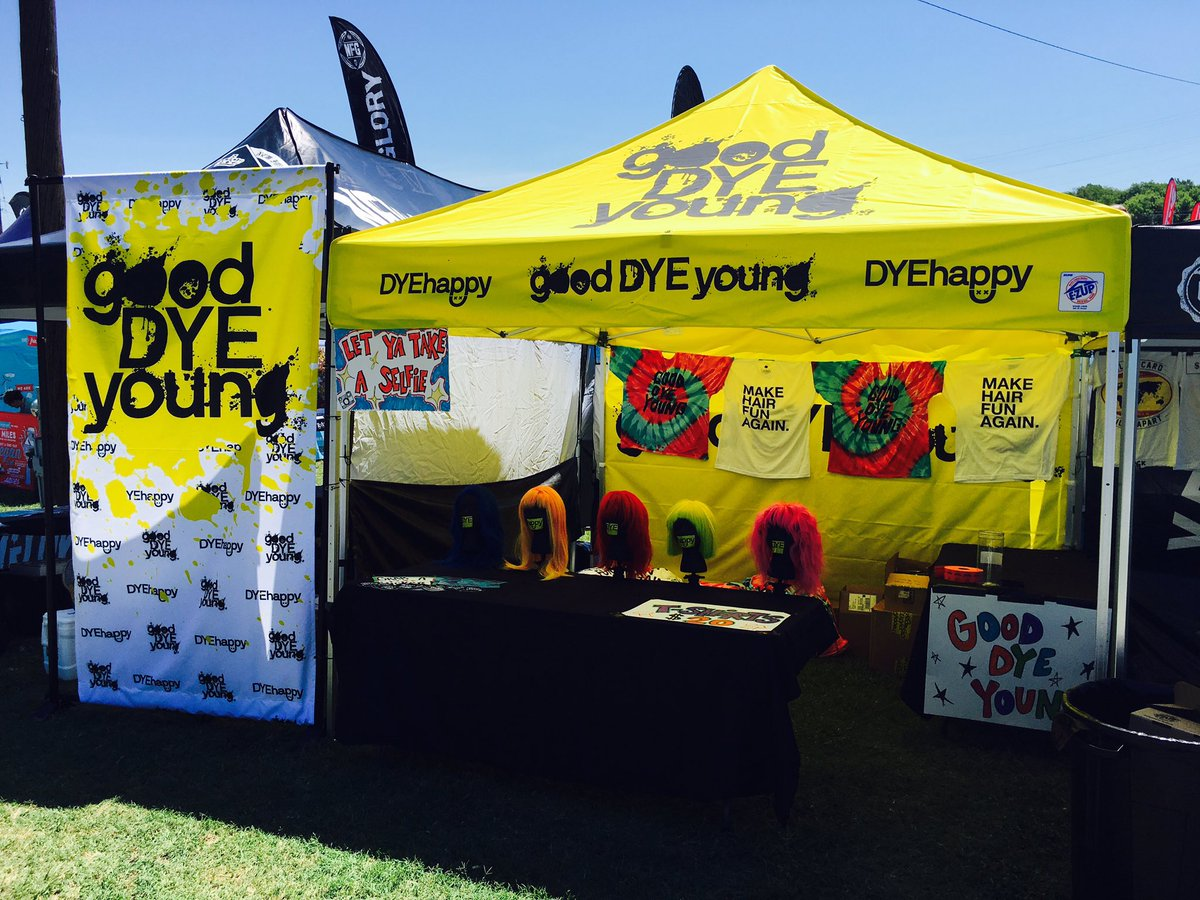 Nashville @VansWarpedTour: Don't blend in, go bold, & check out @yelyahwilliams' new hair dye line, @goodDYEyoung! https://t.co/oiKmYSX7sl