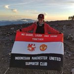 Cheering #mufc from the mountain tops! Our #FanOfTheWeek is every member of the @indo_manutd supporters club! https://t.co/FnrMeAbK3R