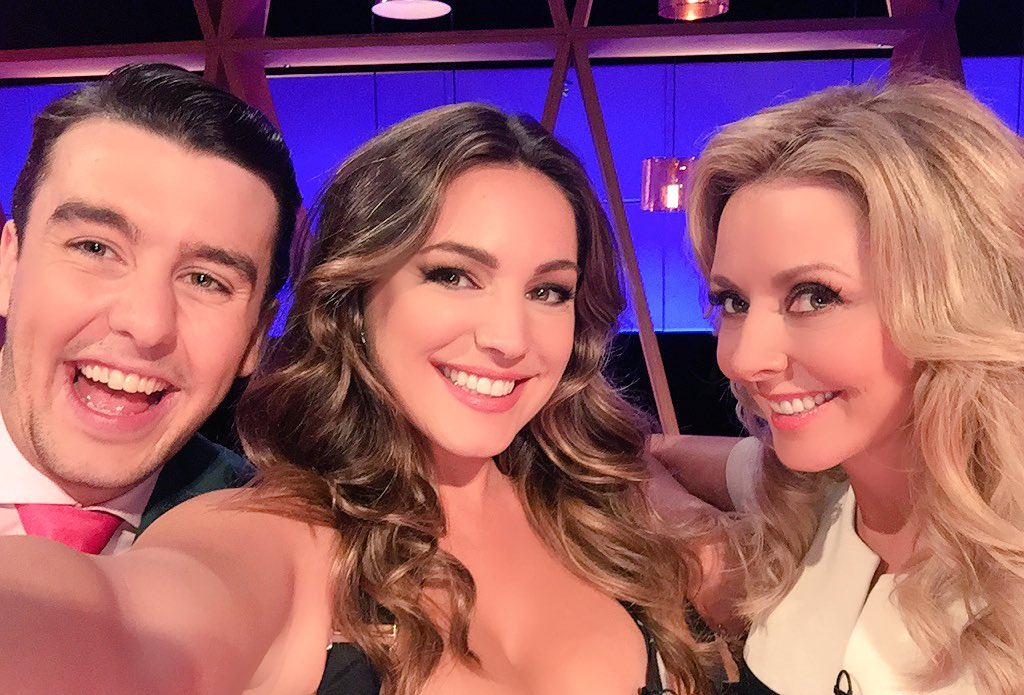 My Super Sexy Team @TheAlporter @carolvorders ???????????????? https://t.co/rQDXtd8svr