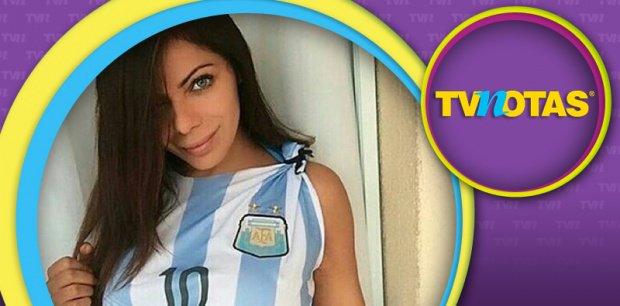 RT @TVNotasmx: ¡La Miss BumBum, con apretadísima tanga, le pide a Messi que no deje la Selección Argentina! https://t.co/ZcmszzNEmP https:/…