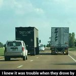 This is so creative and funny!  #taylorswift   #taylor   #funny   #pictureoftheday   #trouble   #cute https://t.co/RIkNvw3mU4
