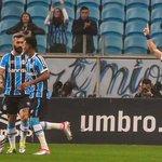 Fim de jogo na Arena! @Gremio vence o @SantosFC por 3 a 2 e pega o elevador na tabela. #BrasileiraoNoSporTV https://t.co/pWBebMx3le