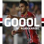 38min - Michel Bastos fez o cruzamento perfeito e Alan Kardec completou para o gol de cabeça! #VamosSãoPaulo https://t.co/JhmDm83Tyx