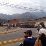 GNB reprimió manifestación por alimentos en Ejido. Situación tensa por conatos de saqueo #Mérida https://t.co/iLmSePsuxX
