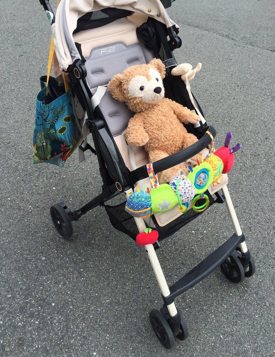 近所の子供の間で、ベビーカーにぬいぐるみを乗せてウロついてる恐怖のキチガイBBAの噂が流れてるらしくて、ウワ〜コワッ何者なの〜?(((;゚Д゚)))))))とか思ってたけどよく考えたらそれ多分娘を保育園に送った帰り道の私のことだわ。 https://t.co/Y5iRDO0dkr