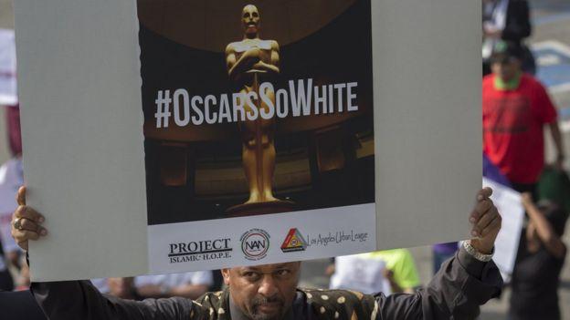 La Academia de Cine de EEUU responde con nuevos invitados a críticas por #Oscars...