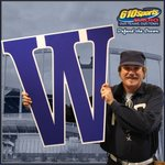 And the boys in blue take the extra innings victory with a 3-2 win! #Royals https://t.co/wqDLfC9irs