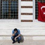 Luto nacional en Turquía tras el atentado terrorista en el aeropuerto de Estambul -https://t.co/Om0heyVveI https://t.co/xkoRUEoafF