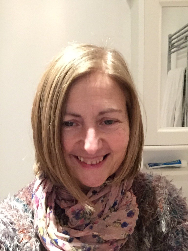 I'm a 53 year old teacher, mother of 3 boys, trying to make the world a better place #Corbyn4All https://t.co/aI9Mjlef3i