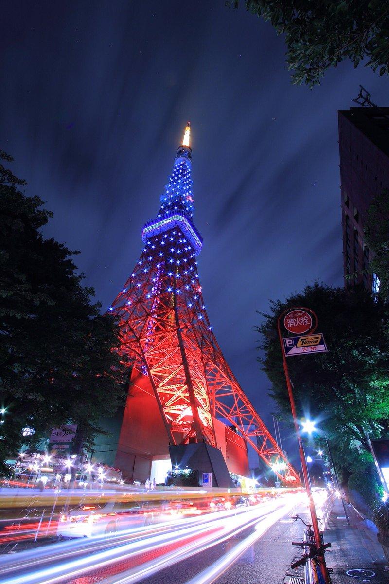 七夕イルミネーション期間の東京タワー。 https://t.co/MURNgaqOqq