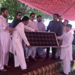 Solar panels 4 off-grid communities, Chitral w/o elec bec of flood damage. Rs3cr spent by KP govt  4 2750 households https://t.co/aE6EgCWNys