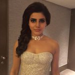 All that sparkle!! ???????? Shriya Som & Fallon Jewellery @Samanthaprabhu2 @siimawards #siima2016 https://t.co/wGQAwHR5rB