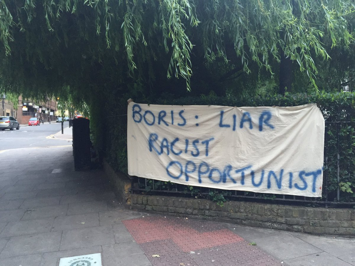 This was outside Boris' house last night. https://t.co/b0qATbliWV