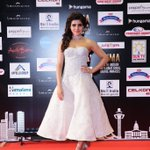 Angel @Samanthaprabhu2 on the Red Carpet at #SIIMA2016 :) https://t.co/c1TiMaYjuz
