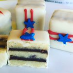 Fourth of July Petits Fours ???????? #fourthofjuly #july4th #4thofjuly #livermore #livermoreca #petitfour #petitsfours https://t.co/7f2z2distz