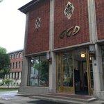 Mooi: het door BiermanHenket gerenoveerde kantoor van @ggdijsselland in #Zwolle. Morgen de binnenkant in @ds_Zwolle! https://t.co/mphbmugsOZ