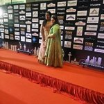 @khushsundar with her Daughter in Red Carpet #SIIMA2016 Cute daughter & cute mom @siima https://t.co/Fvp6V4uPSd