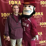 For #SocialMediaDay this is one of my favorite Iona Gael moments! @ionacollege #GaelNation #Iona https://t.co/A2eJu0ZKtj