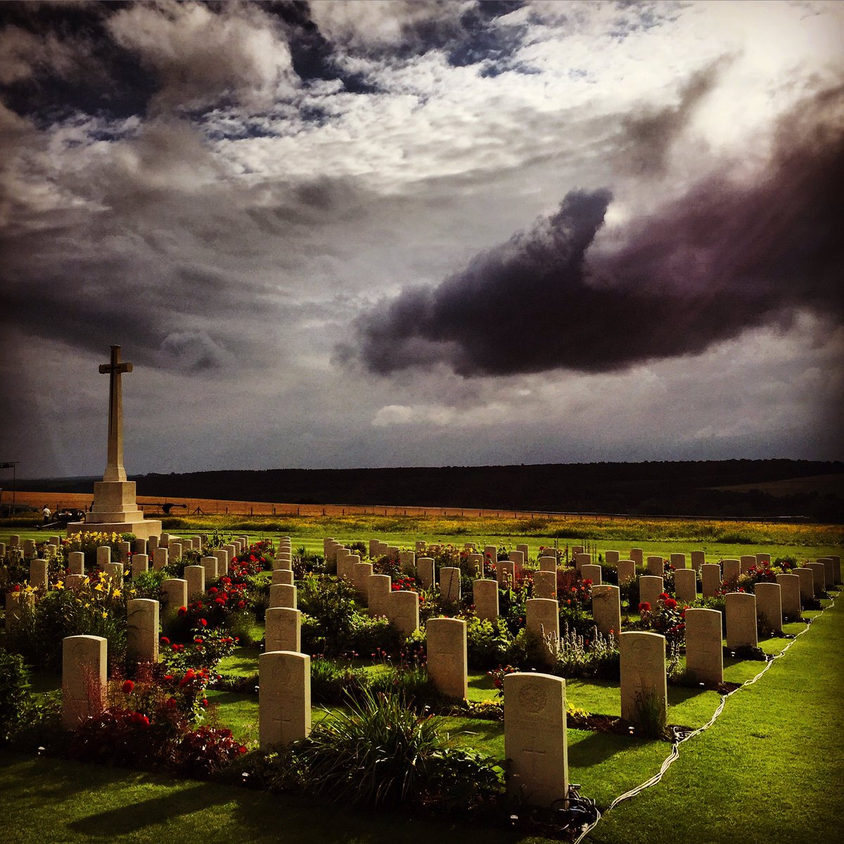 So dramatic on the Somme.  #Somme100 https://t.co/aIAZ80dQTi