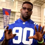 """""""Just a friendly reminder to be safe this weekend!"""" Jason Pierre-Paul https://t.co/vflItNLQut"""
