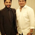 Stylish star #GonaGannaReddy @alluarjun won best actor critics award for #Rudramadevi @siima. Love u #Bunny https://t.co/iDda1k8v6U