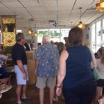 Owner of Beefy King greets folks lined up to help w/OrlandoOne Fund on dine out day @wmfeorlando #OrlandoStrong https://t.co/pdGTLsSAYh