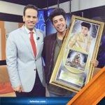 .@mariobautista_ recibe disco de oro por altas ventas. Aquí la entrevista: https://t.co/uHNbnrA0HW https://t.co/fAsARYWS0i