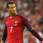 Penalty shootout! #POLPOR with a trip to the #EURO2016 semis at stake. Watch on ESPN2/here: https://t.co/1OUL8IWYdG https://t.co/QpgDAcPAMI