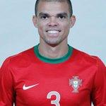 Falam muito do Ronaldo, Quaresma, Renato Sanches, estão se a esquecer do homem que nos tem salvo, obrigado Pepe https://t.co/5pCm0Mct3r