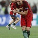 """Mourinho : """"Pepe ne sera jamais reconnu à sa juste valeur. Il est lun des tops défenseurs de la dernière décennie."""" https://t.co/Mq6EpAMYuH"""