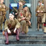 Amazing #Somme100 tribute in Glasgow this morning. #wearehere https://t.co/1Y3IRP6T7f