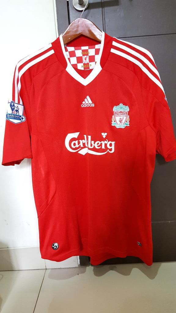 @_OriginalKit Liverpool Home 08/10 •VGC •All Original Velvet• Size L • 300k • 081294691374 / 7CD4ED60. #jersey4sale https://t.co/Tb5TsOvehA