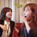 ยูริ: ฉันอยากไปนอนดูดาว ซูยอง: ฟังดูดีนะ แต่ถ้าระหว่างดูดาวแล้วมีงูโผล่มาแบบนี้ล่ะ ยูริ: ไม่เอาสิแบบนั้นอะ! 55555555 https://t.co/lrqWylaEKr