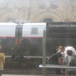 #Train Obstacle (s) sur voies tts trains dir.#Cannes bloqués à #Nice Ça continue... https://t.co/30At8NsyxA