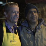 Lovely pics of Bill Shorten spending election eve in Woolloomoloo helping feed the homeless #ausvotes @abcnews https://t.co/Xc2B5nVCjs