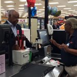 Lots of wine sales already this morning at Food City in Chattanooga. @WRCB https://t.co/m9nVCM8MTS