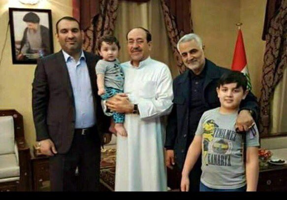 Maliki chilling with Soleimani for iftar https://t.co/yksUoQiS1a https://t.co/vFIlKBgQAz