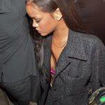 Rihanna spotted in London last night 🇬🇧 https://t.co/jfkPHJ9krf
