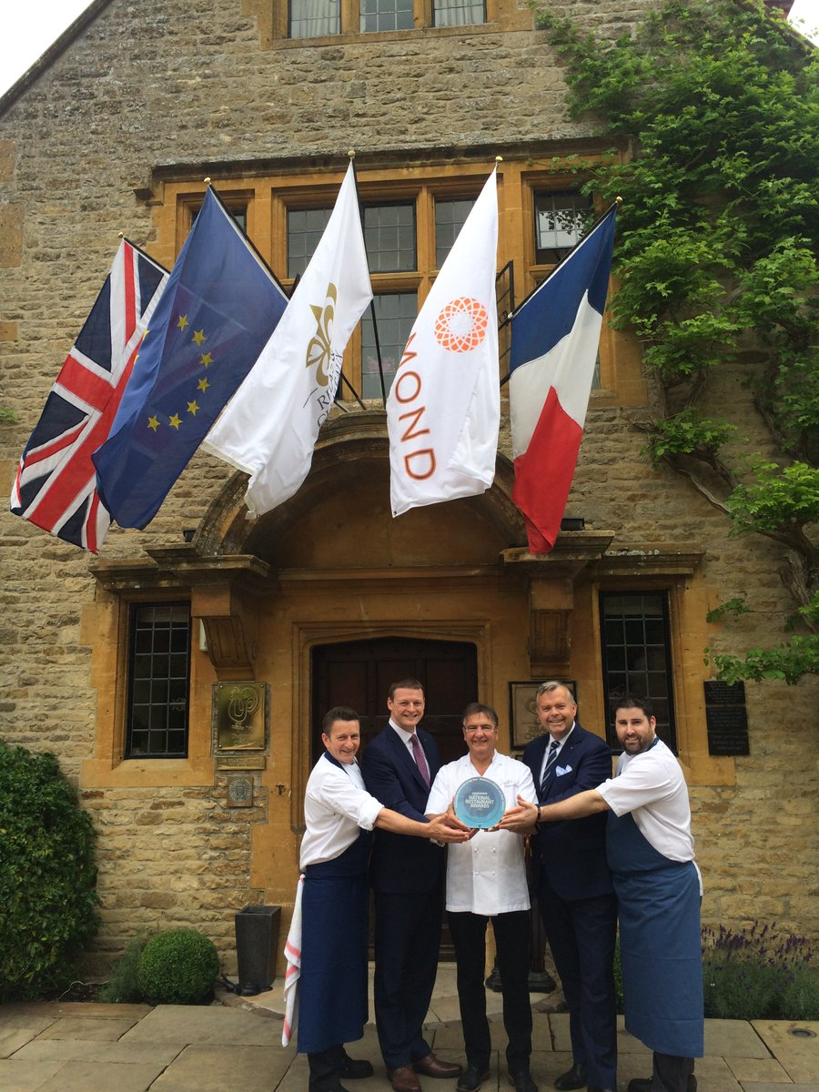@raymond_blanc and the team @lemanoir are very proud to win Sustainable Restaurant of the Year 2016 @RestaurantMagUK https://t.co/nXXnPLtVhl