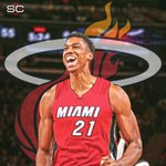 THIS JUST IN: Hassan Whiteside announces he will re-sign with the Heat in the @PlayersTribune. https://t.co/xlryO5rEna
