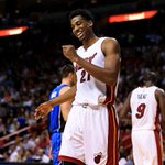 Hassan Whiteside announces he will stay with the Miami Heat in the @PlayersTribune https://t.co/4B0dUrwXLj